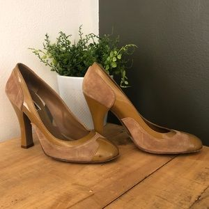 [Burberry] Tan Suede/Leather Heels - Size 38.5